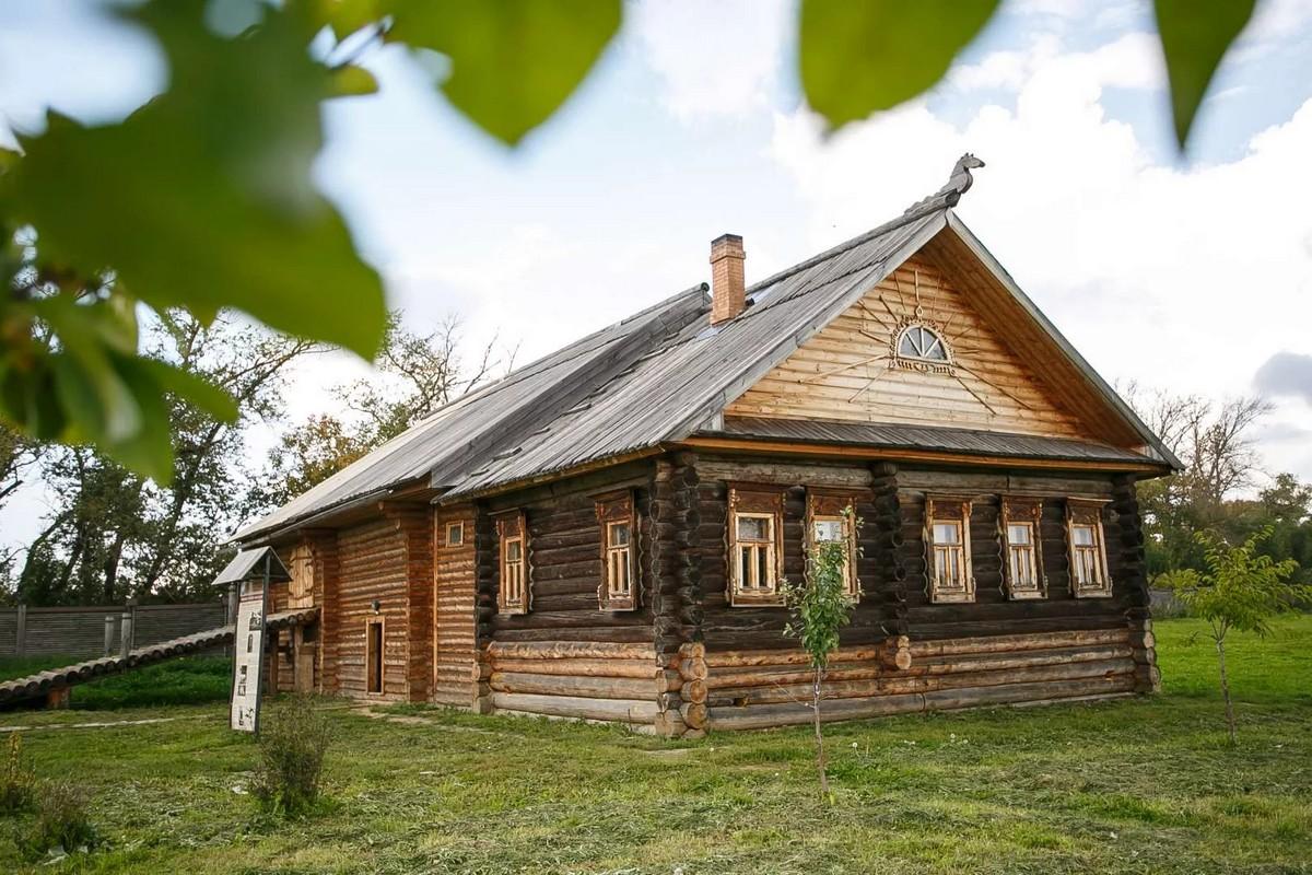 Настоящая изба в Ярославне